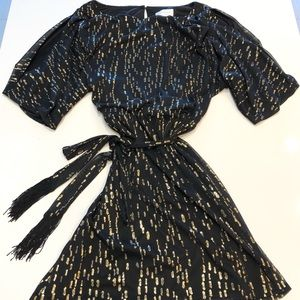 Jessica Simpson Black/Gold Sparkly Mini Dress ✨
